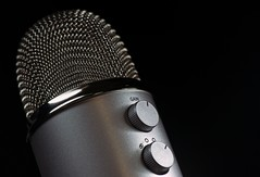 microphone-1172260_1920 (1)