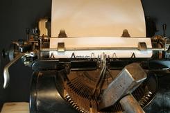 typewriter-3617317_1920 (1)